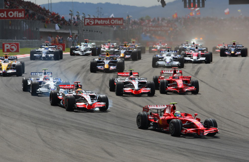Start of the Turkish GP 2008